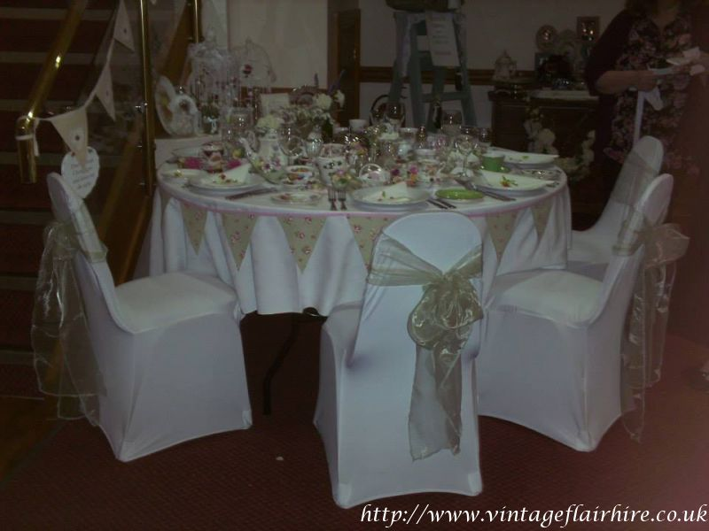 Chequers-hotel-wedding-fair-vintage-hire-11