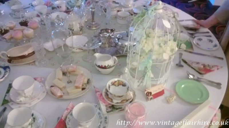 Fairways-hotel-wedding-fair-vintage-hire-38