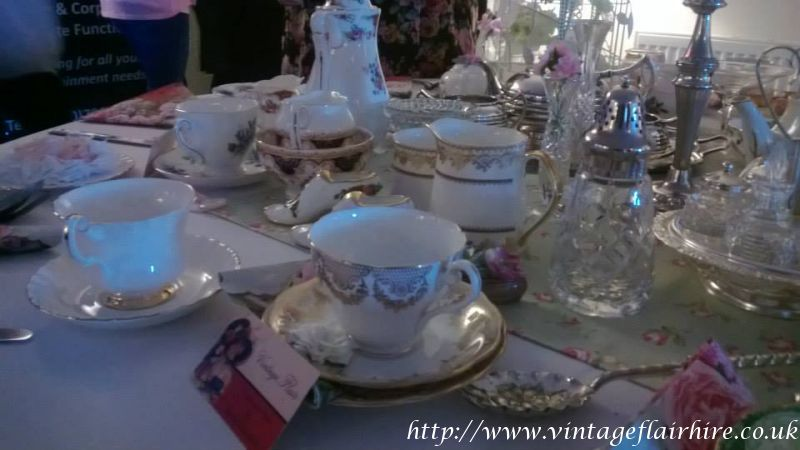 Fairways-hotel-wedding-fair-vintage-hire-839