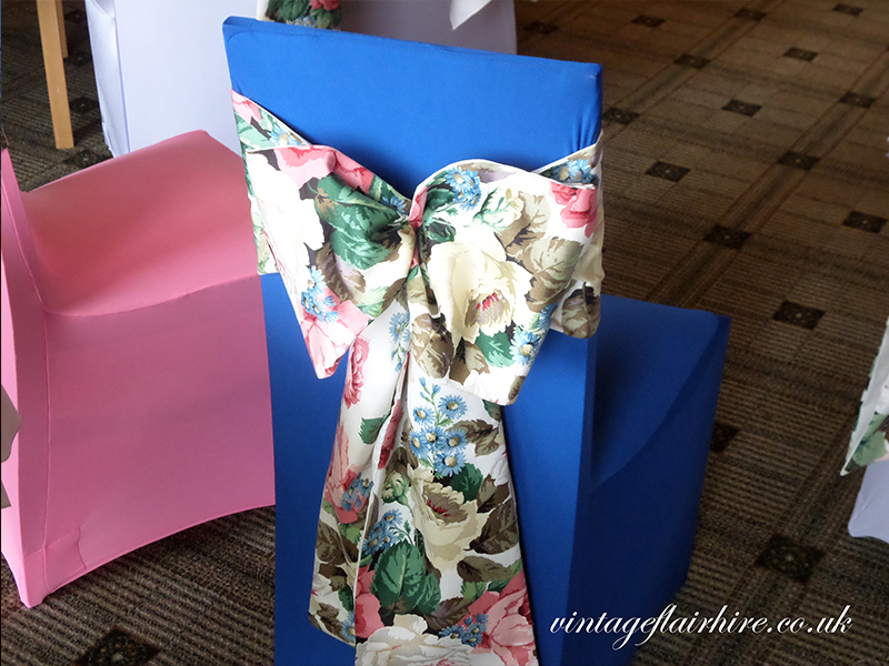 Vintage-Chair-Cover-Sashes-9